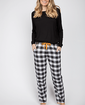 Annie Slouch Top And Check Print Pyjama Set